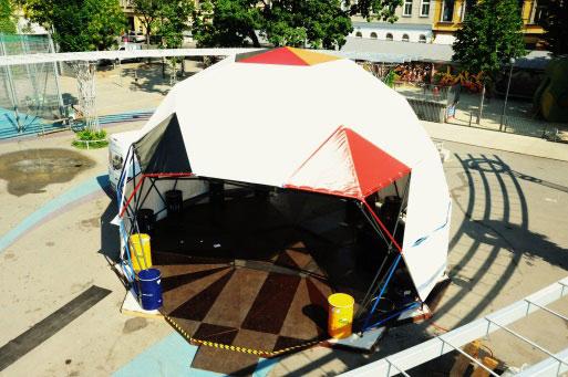 Open Floor Dome 80