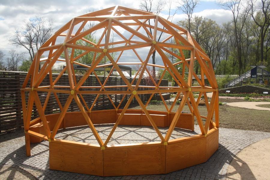 Geodätische Kuppel green domes geodätische garten kuppel futurum domes